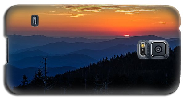 Yellow Galaxy S5 Cases - Suns last peak over the Blue Ridge Galaxy S5 Case by Andres Leon