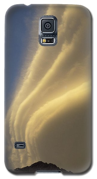 Sunset On Storm Clouds Near Mt Cook Galaxy S5 Case by Ian Whitehouse