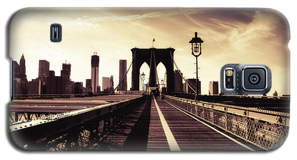 The Brooklyn Bridge - New York City Galaxy S5 Case by Vivienne Gucwa