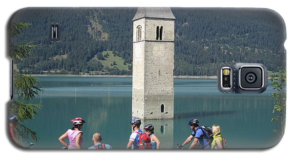 Galaxy S5 Case featuring the photograph Tower In The Lake by Travel Pics