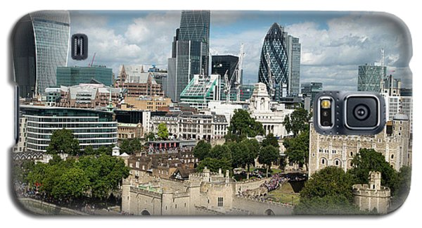 Tower Of London And City Skyscrapers Galaxy S5 Case by Mark Thomas