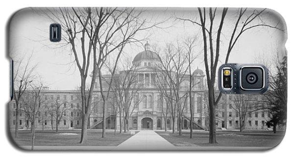 University Hall, University Of Michigan, C.1905 Bw Photo Galaxy S5 Case by Detroit Publishing Co.