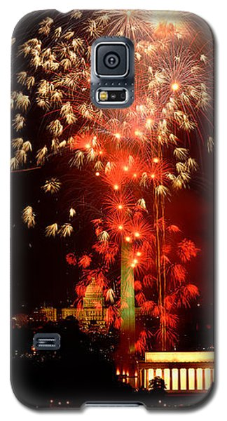 Usa, Washington Dc, Fireworks Galaxy S5 Case by Panoramic Images