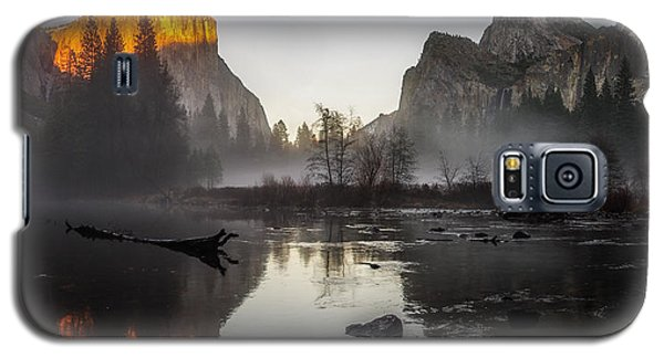 Valley View Yosemite National Park Winterscape Sunset Galaxy S5 Case by Scott McGuire