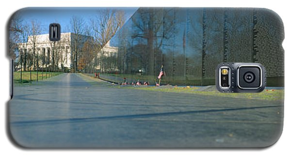Vietnam Veterans Memorial, Washington Dc Galaxy S5 Case by Panoramic Images