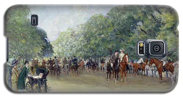 View Of Hyde Park With Figures On Rotten Row  Galaxy S5 Case by Albert Jnr Ludovici