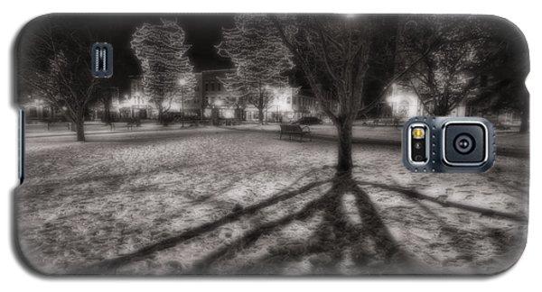 Winter Shadows And Xmas Lights Galaxy S5 Case by Sven Brogren