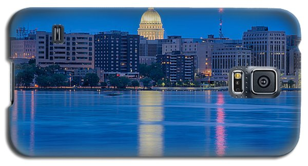 Wisconsin Capitol Reflection Galaxy S5 Case by Sebastian Musial