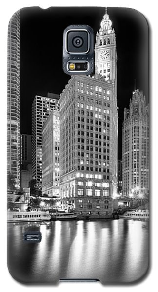 Light Galaxy S5 Cases - Wrigley Building Reflection in Black and White Galaxy S5 Case by Sebastian Musial