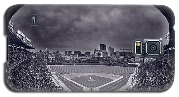 Wrigley Field Night Game Chicago Bw Galaxy S5 Case by Steve Gadomski