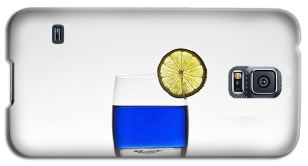 Blue Cocktail With Lemon Galaxy S5 Case by Joana Kruse