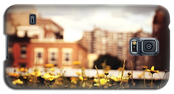 Flowers - High Line Park - New York City Galaxy S5 Case by Vivienne Gucwa