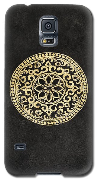 Pattern In Tapestry At Wat Chedi Luang Galaxy S5 Case by Keith Levit