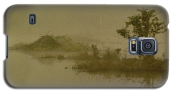 The Lodge In The Mist Galaxy S5 Case by Skip Willits