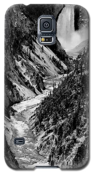Yellowstone Waterfalls In Black And White Galaxy S5 Case by Sebastian Musial