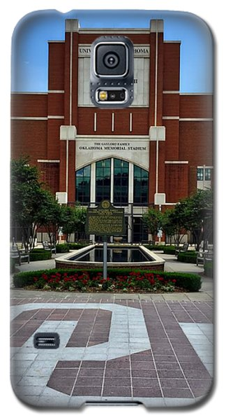 Oklahoma Memorial Stadium Galaxy S5 Case by Center For Teaching Excellence