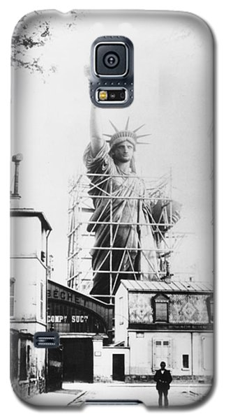 Statue Of Liberty, Paris Galaxy S5 Case by Granger