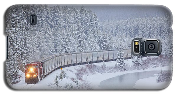 A Canadian Pacific Train Travels Along Galaxy S5 Case by Chris Bolin