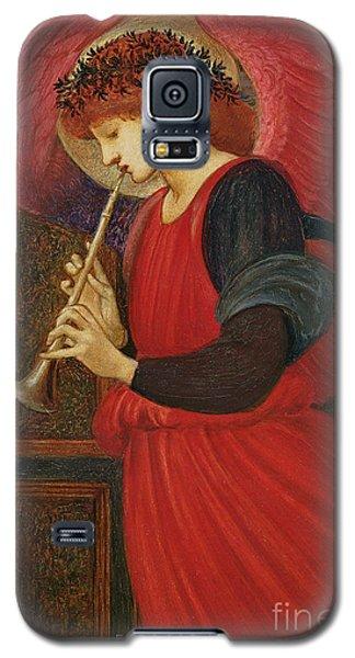 An Angel Playing A Flageolet Galaxy S5 Case by Sir Edward Burne-Jones