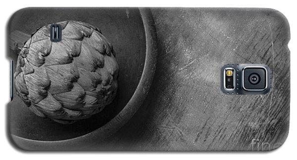 Artichoke Black And White Still Life Three Galaxy S5 Case by Edward Fielding