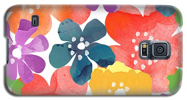 Big Bright Flowers Galaxy S5 Case by Linda Woods