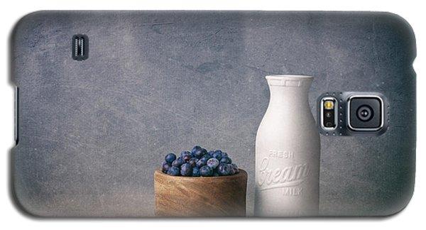 Blueberries And Cream Galaxy S5 Case by Tom Mc Nemar