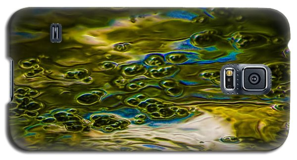 Bubbles And Reflections Galaxy S5 Case by Marvin Spates