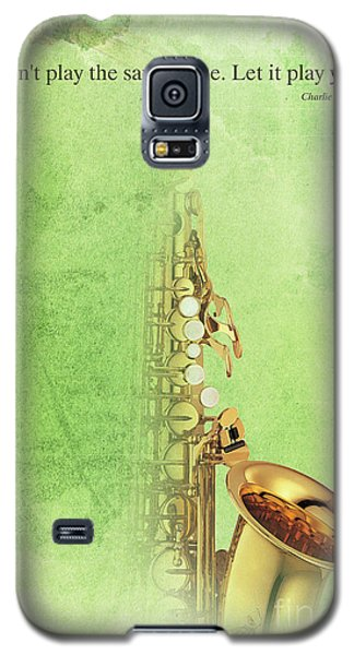 Charlie Parker Saxophone Green Vintage Poster And Quote, Gift For Musicians Galaxy S5 Case by Pablo Franchi