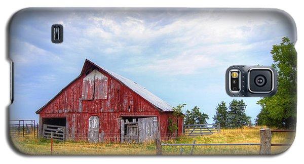Christian School Road Barn Galaxy S5 Case by Cricket Hackmann