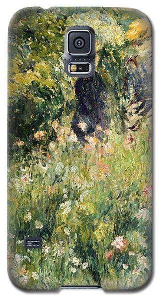 Conversation In A Rose Garden Galaxy S5 Case by Pierre Auguste Renoir