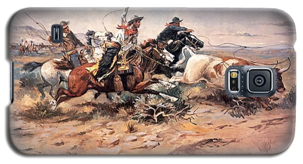 Cowboys Roping A Steer Galaxy S5 Case by Charles Marion Russell