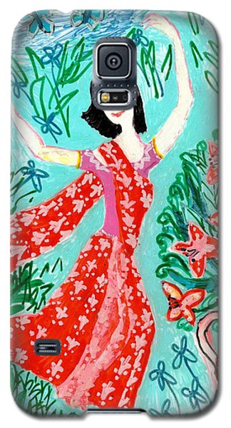 Ceramics Galaxy S5 Cases - Dancer in red sari Galaxy S5 Case by Sushila Burgess
