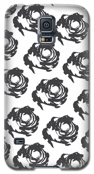 Grey Roses Galaxy S5 Case by Cortney Herron