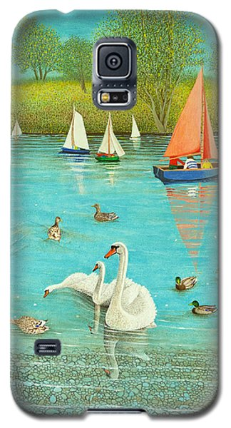 Keeping A Watchful Eye Galaxy S5 Case by Pat Scott