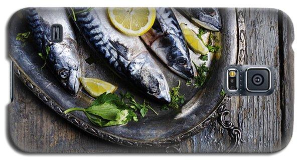 Mackerels On Silver Plate Galaxy S5 Case by Jelena Jovanovic