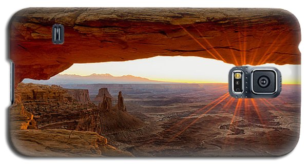 Landmarks Galaxy S5 Cases - Mesa Arch Sunrise - Canyonlands National Park - Moab Utah Galaxy S5 Case by Brian Harig