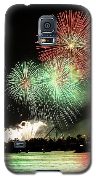 Montreal-fireworks Galaxy S5 Case by Mircea Costina Photography