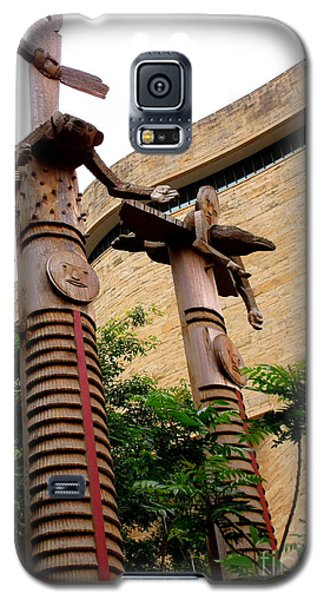 National Museum Of The American Indian 3 Galaxy S5 Case by Randall Weidner