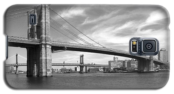 Nyc Brooklyn Bridge Galaxy S5 Case by Mike McGlothlen