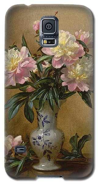 Peonies In A Blue And White Vase Galaxy S5 Case by Albert Williams