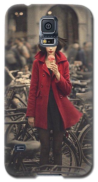 raspberry sorbet in Amsterdam Galaxy S5 Case by Anka Zhuravleva