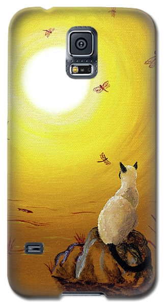 Siamese Cat With Red Dragonflies Galaxy S5 Case by Laura Iverson