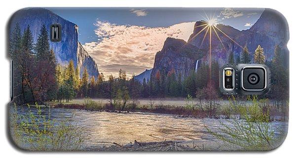 Spring Sunrise At Yosemite Valley Galaxy S5 Case by Scott McGuire