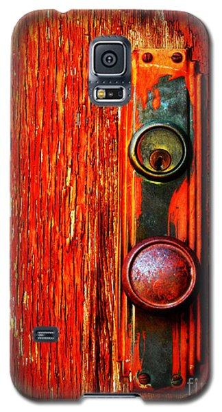 Galaxy S5 Cases - The Door Handle  Galaxy S5 Case by Tara Turner