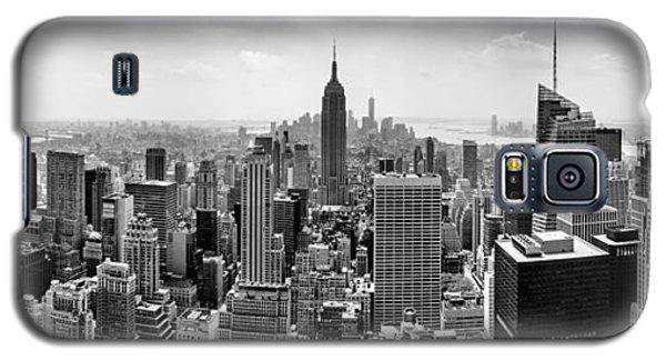 New York City Skyline Bw Galaxy S5 Case by Az Jackson