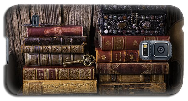 Treasure Box On Old Books Galaxy S5 Case by Garry Gay