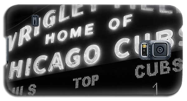 Wrigley Field Sign Black And White Picture Galaxy S5 Case by Paul Velgos