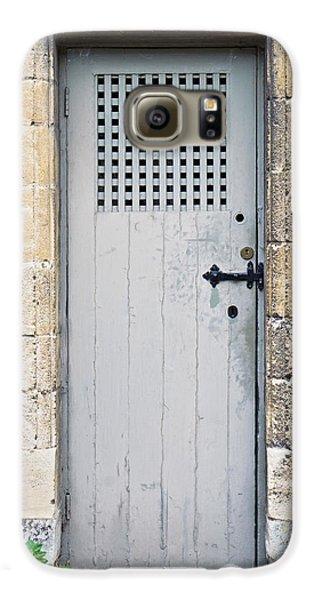 Old Door Galaxy S6 Case by Tom Gowanlock