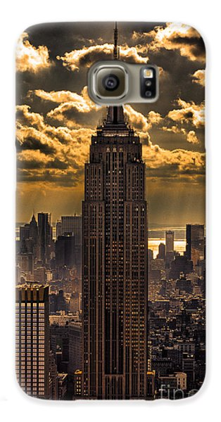 Brilliant But Hazy Manhattan Day Galaxy S6 Case by John Farnan