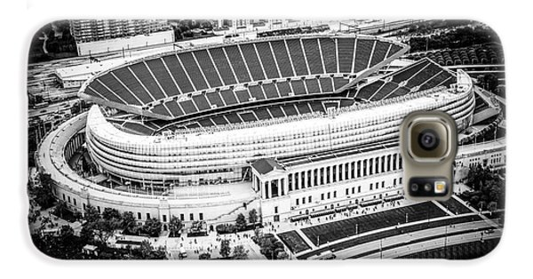Chicago Soldier Field Aerial Picture In Black And White Galaxy S6 Case by Paul Velgos